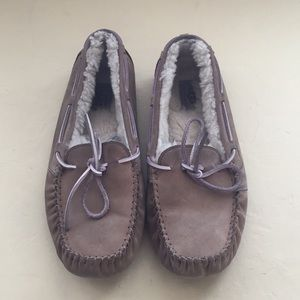 UGG slippers | size 9